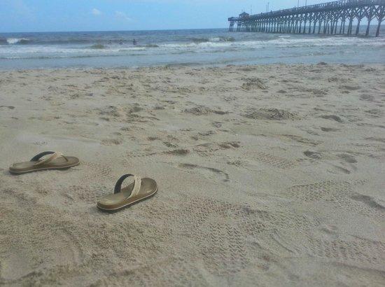Ocean Crest Motel: sweet sand