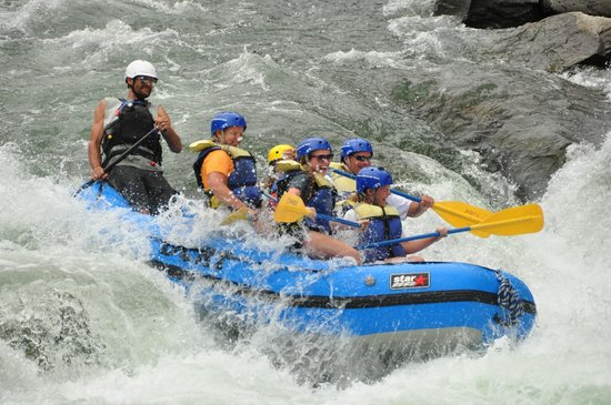 Tahoe Whitewater Tours: Truckee River White Water Rafting Trip