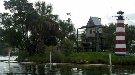 Homosassa Riverside Resort: Monkey Island