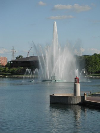Heartland of America Park with Fountain