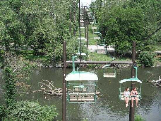 Henry Doorly Zoo Sky Lift & Sky Lift - Picture of Henry Doorly Zoo Omaha - TripAdvisor pezcame.com