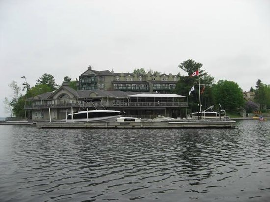 Taboo Muskoka Resort: Main building from kayak