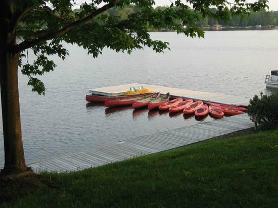 Taboo Muskoka Resort: Kayaks