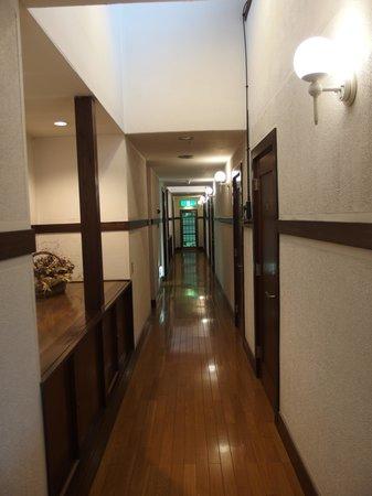 廊下はこんな感じ