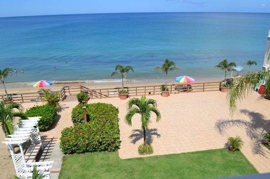 Villa Cofresi Hotel: View from our extravagance room.