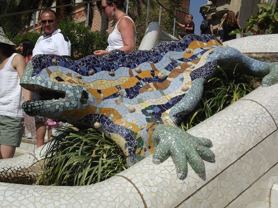 Barcelona Great Tours: Park Guell