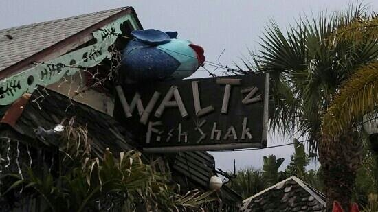 Walt'z Fish Shak: The front - go to the end of the boardwalk & down the stairs. Youre there!