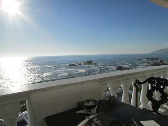 The Twelve Apostles Hotel and Spa: Leopard Bar