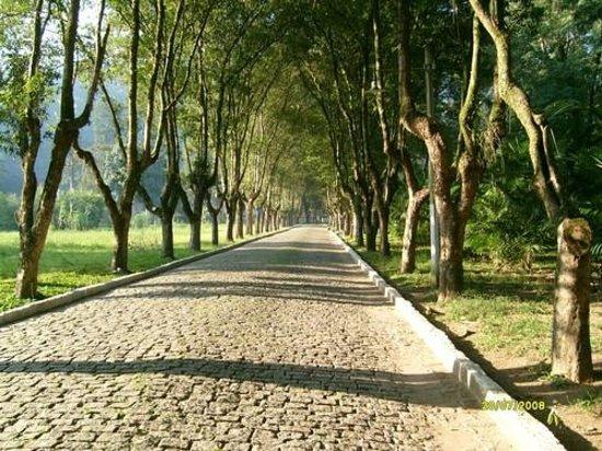 Hotel Taireta : Caminho para a faculdade!