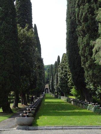 Villa d'Este: beautiful gardens
