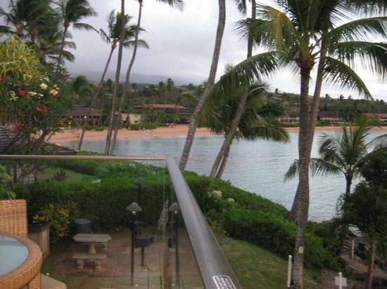 Napili Kai Beach Resort : Bay view