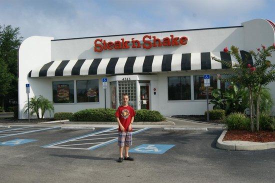 Steak 'n Shake: Steak N Shake, Kissimmee, Florida - July 2013