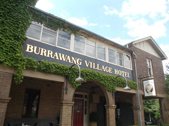 Burrawang Village Hotel: Great Pub !