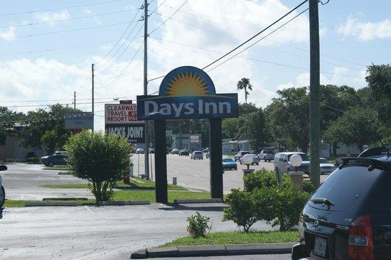 Days Inn Clearwater/Central : DAYS INN, CLEARWATER, FLORIDA