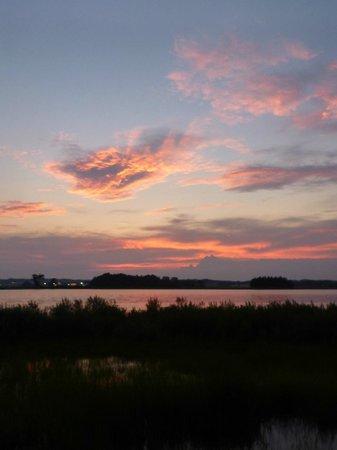 Bluff Point State Park: sunset