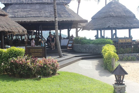 Nora Beach Resort and Spa : restaurant and bar area