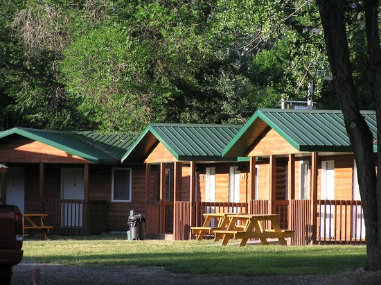 Shell Campground: Cabins