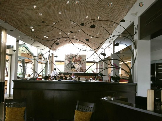 Andiamo La: Indoor dinning area