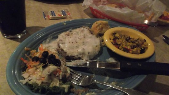 Peppers Grill & Bar: Chicken Fried Steak for the Ages!