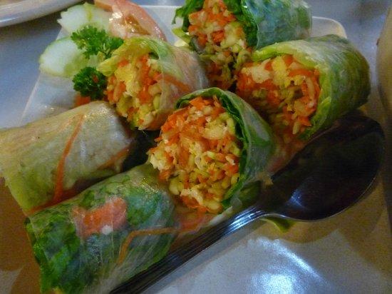 Hainanese Delights: Vietnamese spring roll