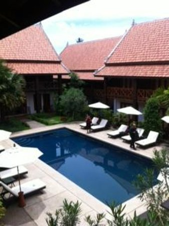 Muang Thong Hotel: swimming pool