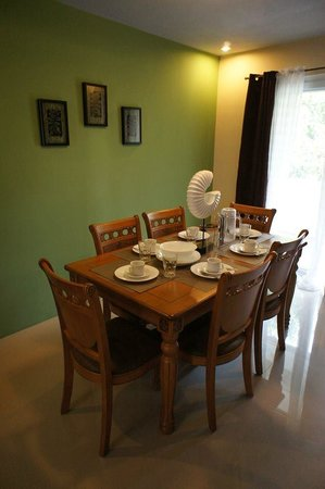 Forest View Leisure Residences : We arrived and the table is set!