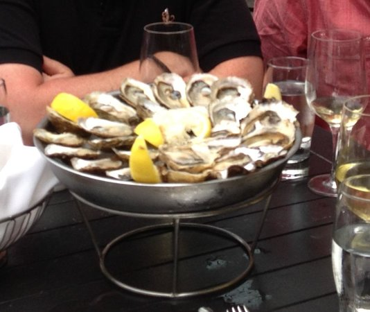 Pure Spirits Oyster House & Grill: Selection of delicious Oysters
