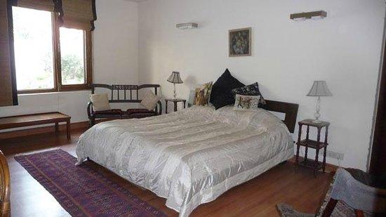 The Jacaranda : Suite Bedroom