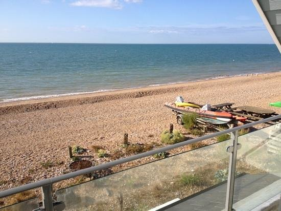 Pevensey Bay Beach: Quiet place to stay!