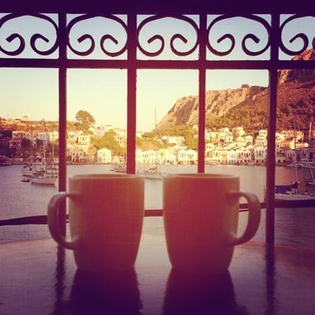 Hotel Kastellorizo: veranda 2nd floor view