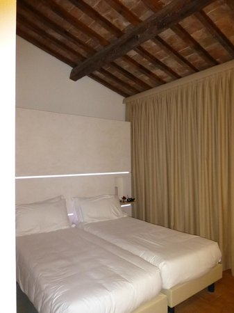 Locanda Sant'Agata : traditional & modern room