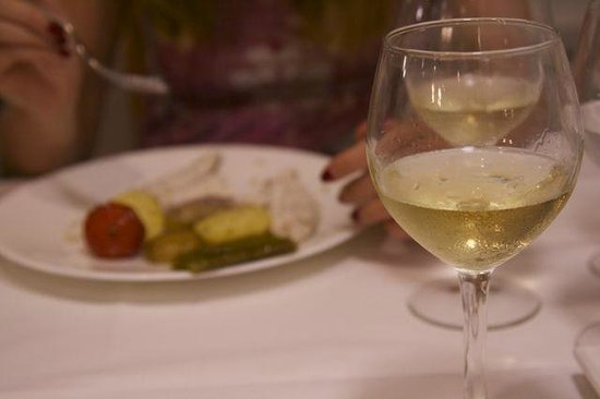 Acuamar: white wine for fish
