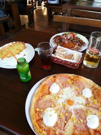"""Pizzeria """"Oh la la"""" : Pizza, lasagna and mixed grill"""