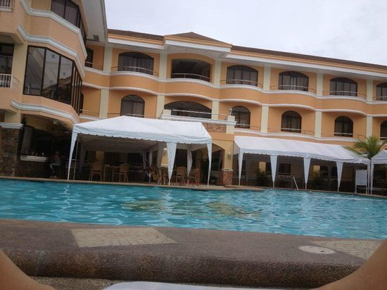 Boracay Holiday Resort: Hotel Pool