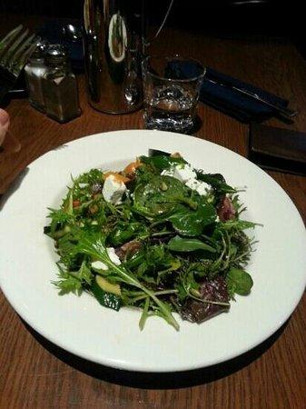 Pub On Wharf: salad vegies