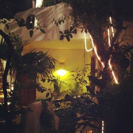 Hotel Quinto Sol : La entrada de la habitación!