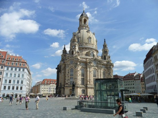 Frauenkirche picture of quality hotel plaza dresden for Hotel dresden frauenkirche