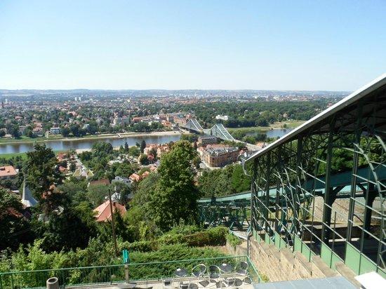Quality Hotel Plaza Dresden : Standseilbahn & Schwebebahn