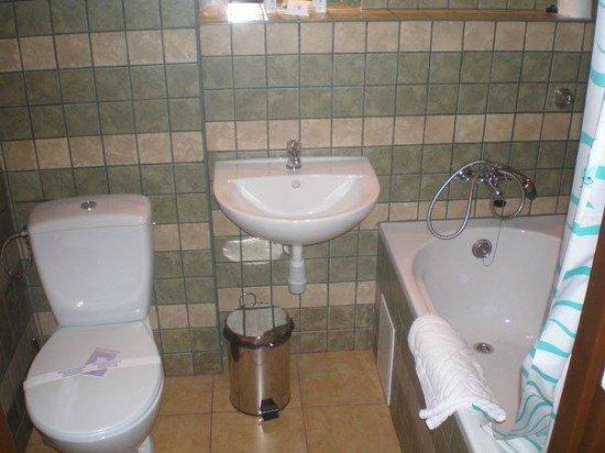 Hotel Katowice Economy: Hotel Katowice - bagno camera singola