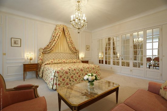 Le Bristol Paris : The Royal Suite 530
