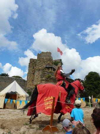 Chateau de Talmont-Saint-Hilaire : les jeux de chevalerie