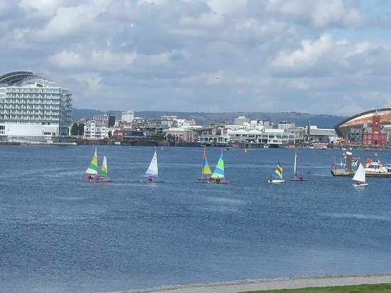Cardiff Bay Barrage: The view towards the bay