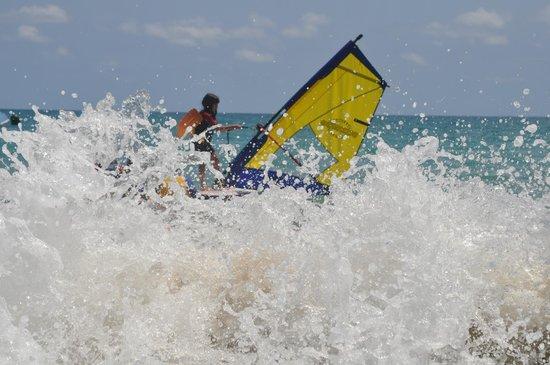 Els Prats Village: actividades en la playa