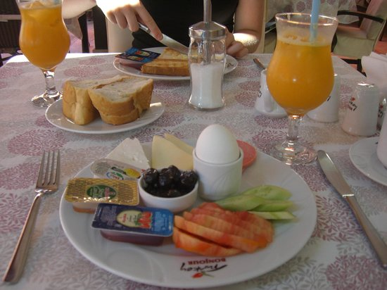 Ida Hotel: Turkish Breakfast