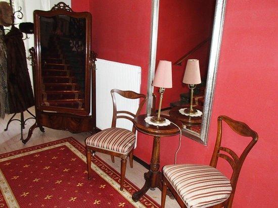 Villa Excelsior Hotel & Kurhaus: Staircase