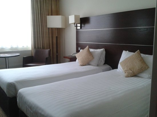 Mercure Maidstone Great Danes Hotel: Our lovely room!
