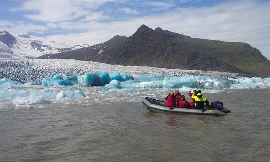 Fjallsarlon Glacier Lagoon Private Boat Tours