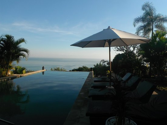The Hamsa Bali Resort: upper pool