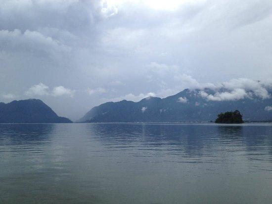 Arlen Nova's Paradise Guesthouse: View on Danau Maninjau