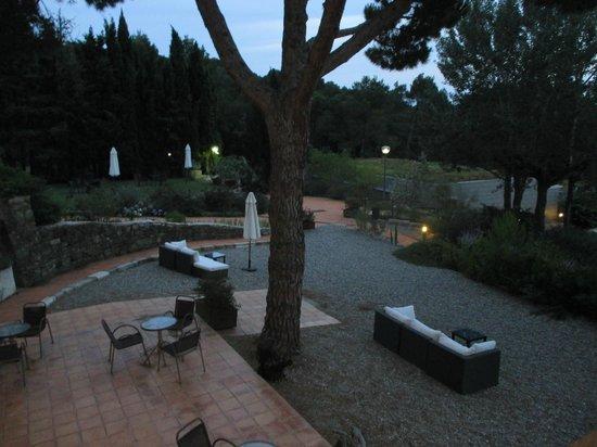 Mas Ses Vinyes : outside lounge area